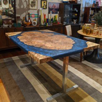 Island Table by UrbanBurb